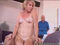 mrs-wolf-is-one-sexy-swinger