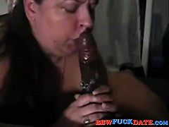 fat-housewife-suck-with-lots-of-saliva-spiting