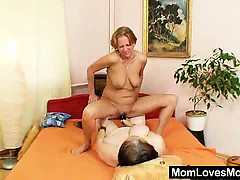 extremely-unsatisfied-amateur-housewives-gets-lesbian