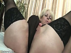 nasty-mature-slut-goes-crazy-fingering-part5