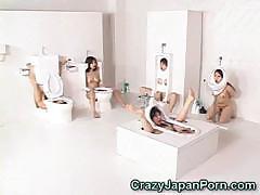 human-toilet-girls-facialed
