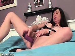 sexy-dark-haired-granny-rubs-her-hairy-part3
