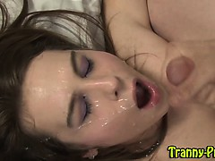 tranny-babe-fuck-and-facial