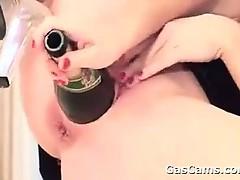 milf-masturbates-with-bottles