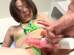 horny-asian-babe-in-extreme-insertion