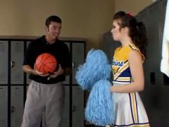amateur-teen-cheerleader-fucked-by-coach