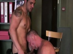 mature-gay-guy-gets-a-bj-from-young-stud