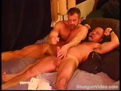 bears-sounding-muscles-and-big-cock
