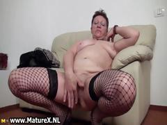 old-busty-housewife-spreading-legs-part2