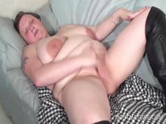 bitchy-mature-working-tits-and-twat